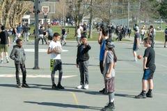 Enfants sélectionnant des équipes image libre de droits