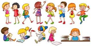Enfants s'engageant dans différentes activités illustration stock