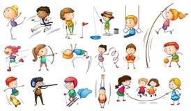 Enfants s'engageant dans différents sports Images libres de droits
