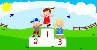 Enfants sur le podiume du gagnant Photos stock
