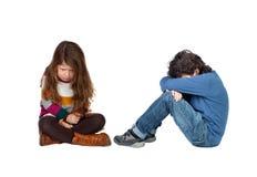 Enfants tristes Photos libres de droits