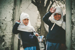 Enfants venant à l'école dans Skardu, Pakistan Photo stock