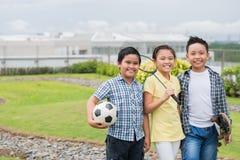 Enfants vietnamiens gais Photos stock