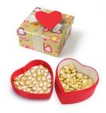 enferme dans une boîte l'amour de coeur de cadeau Photographie stock libre de droits