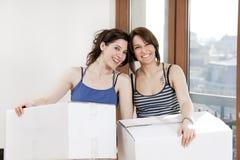 enferme dans une boîte se retenir d'amis Photo libre de droits