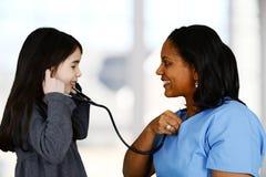 Enfermeira e paciente fotografia de stock