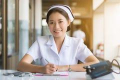 Enfermeira no hospital imagem de stock