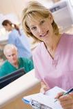 Enfermeiras na área de recepção de um hospital Imagem de Stock Royalty Free