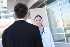 Enfermera con el paciente en el hospital Imagen de archivo libre de regalías
