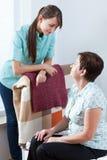 Enfermera que cuida Imagen de archivo libre de regalías