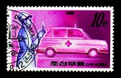 Enfermera y ambulancia, serie de los servicios públicos, circa 1989 Fotos de archivo libres de regalías