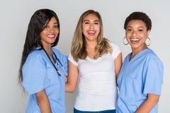 Enfermeras con un paciente Imagenes de archivo