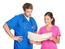Enfermeras y doctores médicos Fotos de archivo libres de regalías