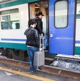 Enfin le train est ici Photographie stock