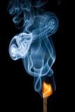 Enflammer d'allumette image stock