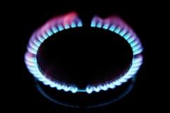 Enflammer un poêle de gaz image stock