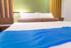 Enfoncez dans une chambre d'hôtel la nuit, Thaïlande Photo stock