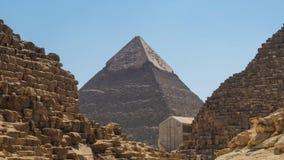 Enfoque adentro de la pirámide de piedra - las grandes pirámides de Giza - El Cairo, Egipto almacen de metraje de vídeo