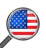 Enfoque de la lupa con vector de la bandera de los E.E.U.U. Imagen de archivo libre de regalías