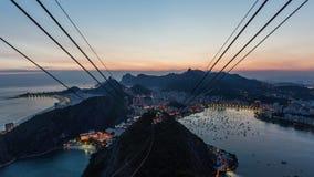 Enfoque de Rio Cityscape Time Lapse Twilight almacen de video