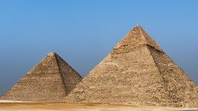 Enfoque fuera de la gran pirámide - Giza, El Cairo, Egipto metrajes