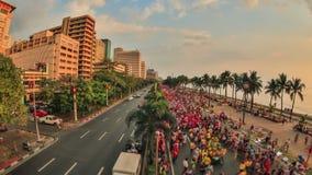 Enfoque HDR de Manila del lapso de tiempo del tráfico peatonal de la ciudad metrajes