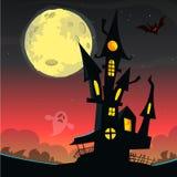 Eng oud spookhuis De kaart of de affiche van Halloween Vector illustratie royalty-vrije stock foto's