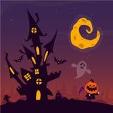 Eng oud spookspookhuis met begraafplaats en vliegende spoken De kaart of de affiche van Halloween Vector beeldverhaalillustratie royalty-vrije stock afbeelding