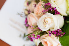 Engagement rings. On bridal bouquet Royalty Free Stock Photo