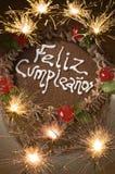 Engagierter Geburtstag-Kuchen mit Bengal-Leuchten Lizenzfreies Stockbild