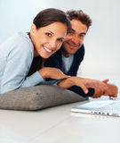 Engaging couple receptive to ideas Royalty Free Stock Photography