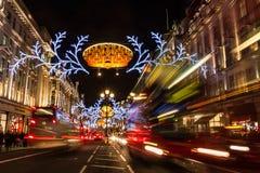 Engarrafamento em Regent Street na estação do Natal, Londres, Reino Unido Imagem de Stock Royalty Free