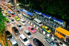 Engarrafamento no centro da cidade em Banguecoque, Tailândia Foto de Stock Royalty Free
