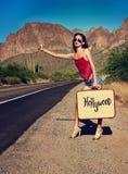 Engatando um passeio na estrada do loney Fotografia de Stock
