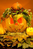 Enge Halloween-pompoenen Stock Fotografie