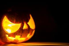 Enge het gezichtspompoen van Halloween Stock Fotografie