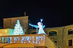 Engel auf dem Dach des Gebäudes in Riga Stockbild