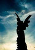 Engel bij Schemer stock afbeeldingen