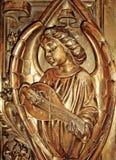 Engel, der ein Musikinstrument spielt Stockbild