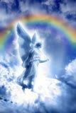 Engel mit göttlichem Regenbogen lizenzfreies stockfoto