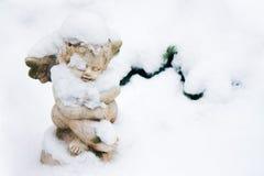 Engel mit Schnee stockfotografie