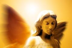 Engel und himmlisches Licht Stockbild