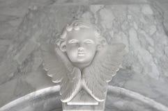 Engelachtig cupidostandbeeld - uitstekend retro effect stijlbeeld stock foto
