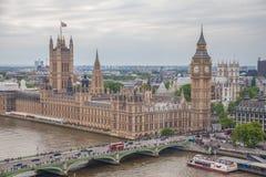 ENGELAND 30TH MEI: Mening van huizen van het Parlement dertigste 2014 Mei binnen Stock Afbeelding