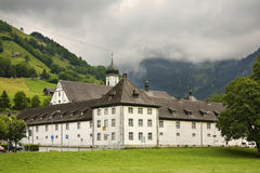Engelberg abbotskloster (Kloster Engelberg) switzerland Arkivfoto