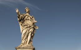 Engelenstandbeeld op Ponte Sant Angelo Rome Italy Stock Afbeelding