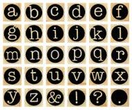 Engels alfabet in kleine letters, collage van geïsoleerd houten letterzetsel Royalty-vrije Stock Foto
