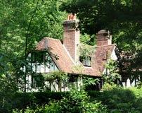 Engels Landelijk Plattelandshuisje stock afbeeldingen
