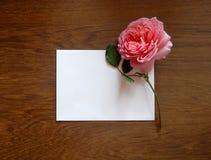 Engels nam en lege kaart voor tekst op hout toe Royalty-vrije Stock Afbeelding