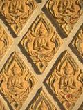 Engelsdekorationssteine in einem Lampang-Tempel, Thailand Stockfoto